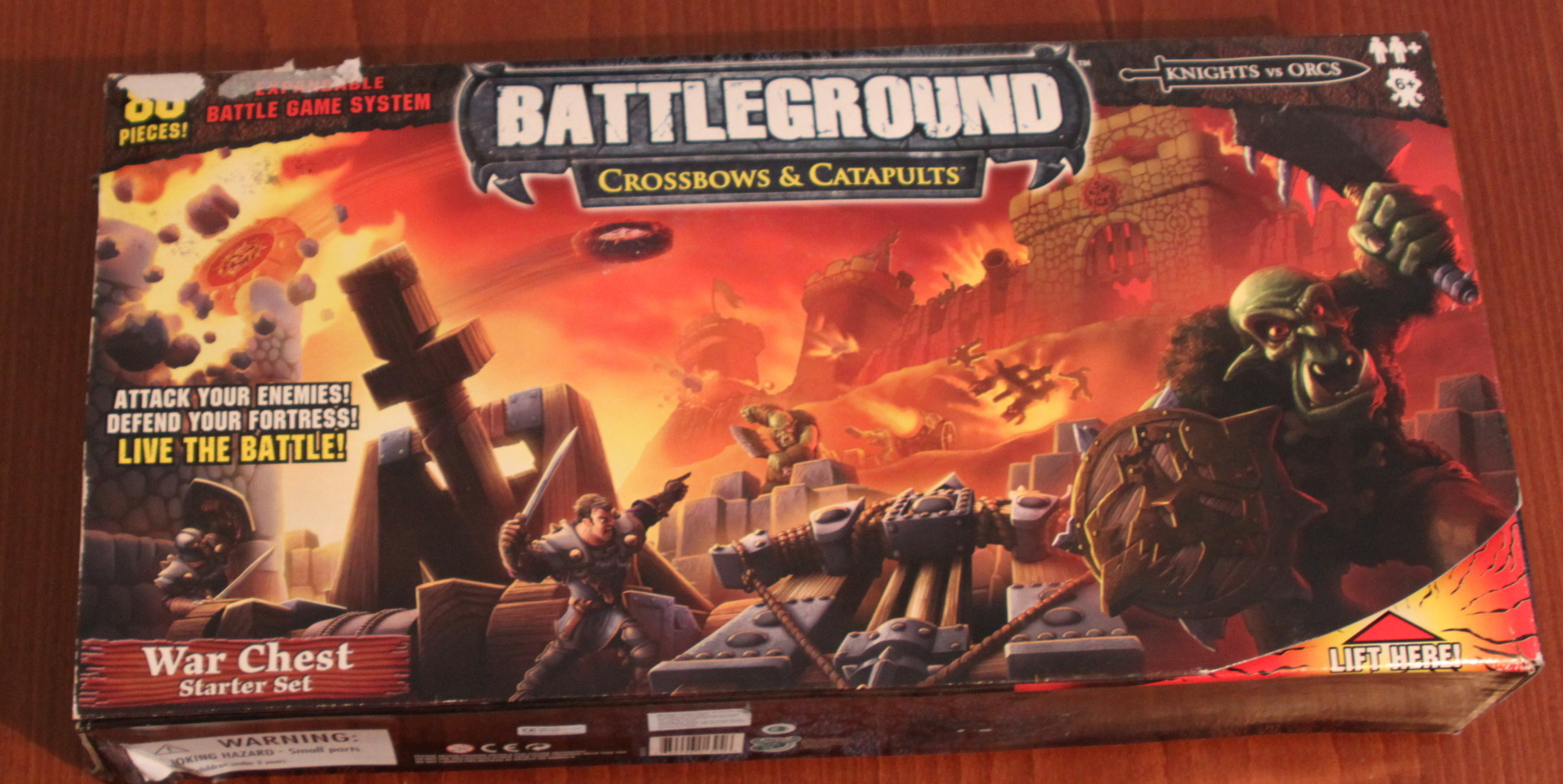 Battleground: Crossbows & Catapults War Chest Starter Set (2007)